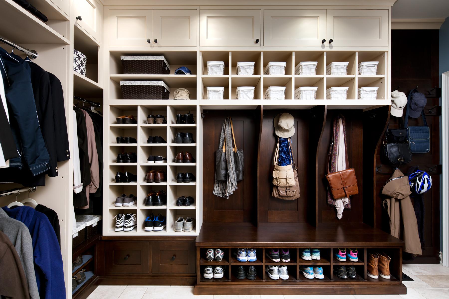 Как обустроить гардеробную: идеи для больших и маленьких пом.
